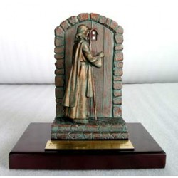 Jesus Knocking At The Door - Bronze (Scripture in Chinese)