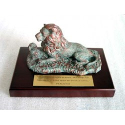 Lion & Lambs - Bronze (Scripture in Chinese)